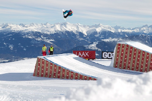 TTR WORLD TOUR Tanteri, Anderson Victorious in Burton European Open Slopestyle