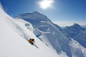 The Alaskan Downhill – Jono Brauer and Craig Branch try Big Mountain Skiing