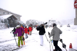 30 June, 2010 – Hotham Boxes, Village Chair and Snowmaking