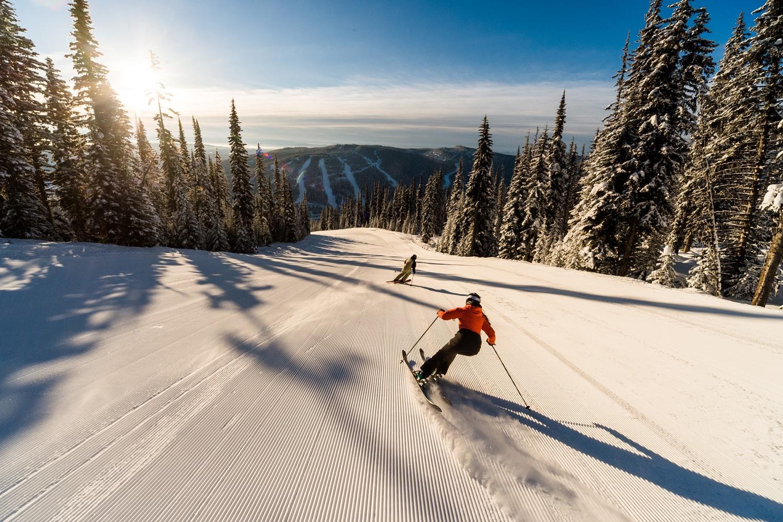 sun peaks ski resort canada ski resorts mountainwatch. Black Bedroom Furniture Sets. Home Design Ideas