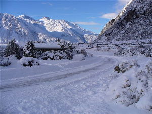 Storm Gallery – Mt Cook NZ Gets 40cms of Fresh