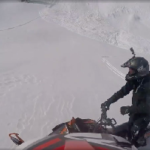 Snowmobilers Narrowly Escape Avalanche – Video
