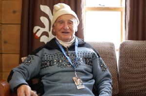 This 91-Year-Old Reminds Us All of the Beautiful Simplicity of Skiing – Video