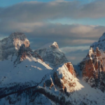 Limestone Dolomite Couloirs with The Good Times Crew – Salomon Freeski TV S8 E10 – Video