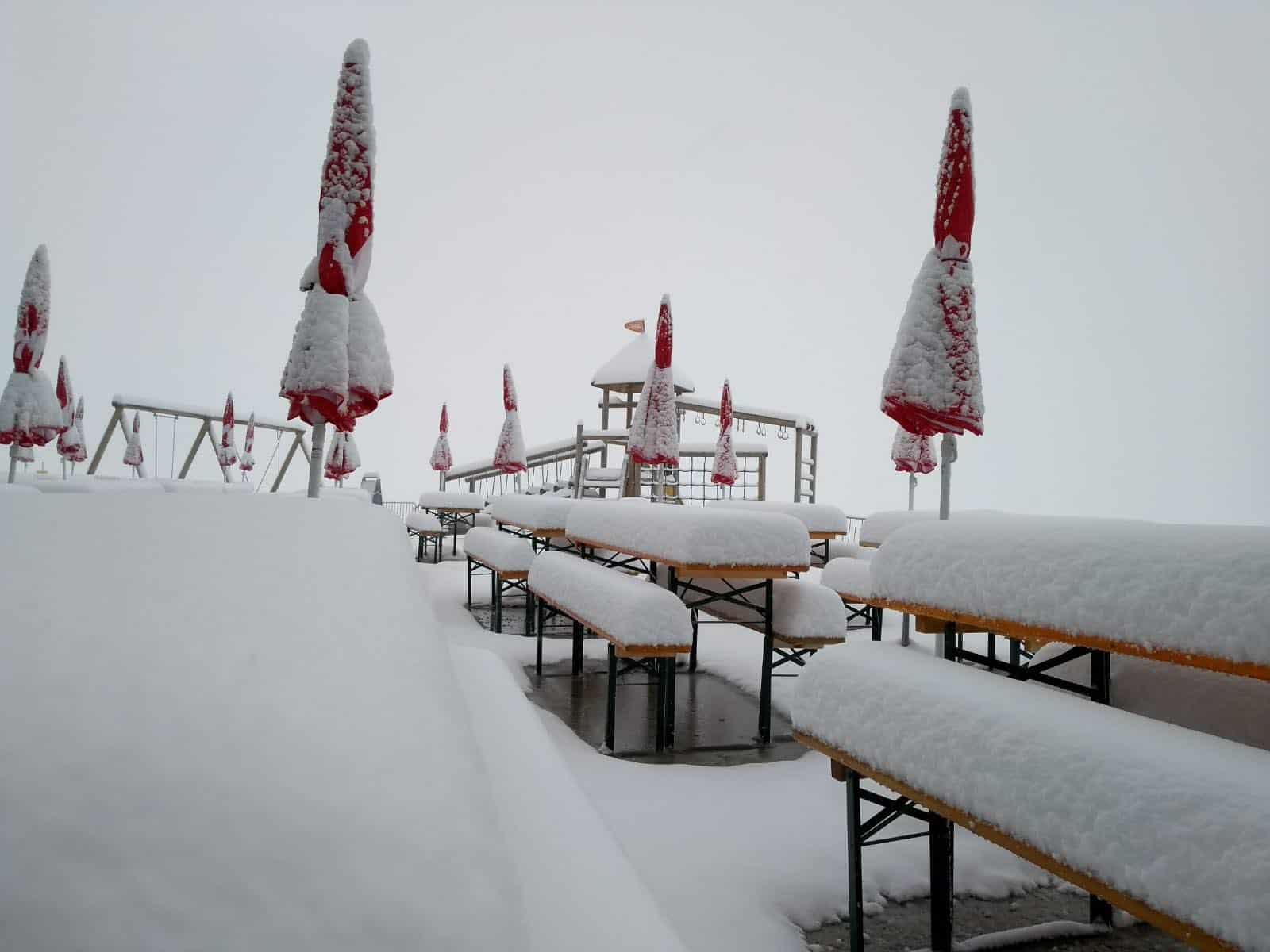 Set to open next month, Stubai Glacier (Stubaier Gletscher) has gotten in early for the first snow of the 2018/19 winter season… as it's still summer. Image:: Stubai Glacier