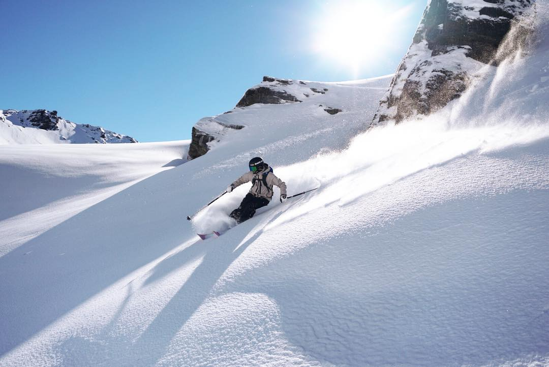 Over Half A Metre Of Spring Powder For New Zealand Today – Photo Wrap Up