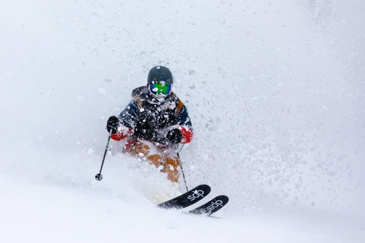 Dodging ski turn shrapnel in Niseko   Mountainwatch