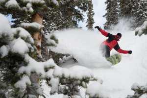 Brooks Finlinson ripping some Utah pow in Snowbird on Boxing Day. Photo: Chris Segal