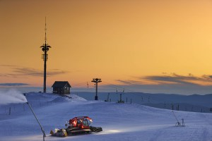 Grooming, snowmaking and sunsets in perfect symbiosis at Mt Buller. Photo:: Andrew Railton/Mt Buller