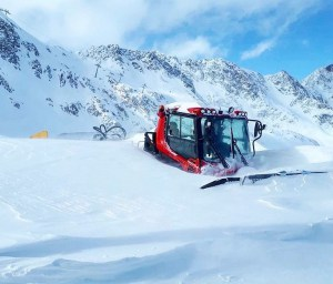 Stubai in Austria received another 70cms this week and now has a base of 2.5 metres.