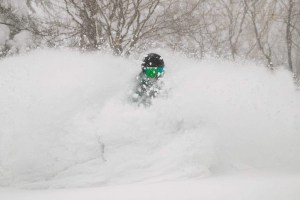 Drew Jolowicz getting deep at Appi Kogen northern Honshu this week. Photo Dylan Robinson @dylrobinson