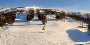 Thredbo this morning, clear and cold with a brisk WSW wind.