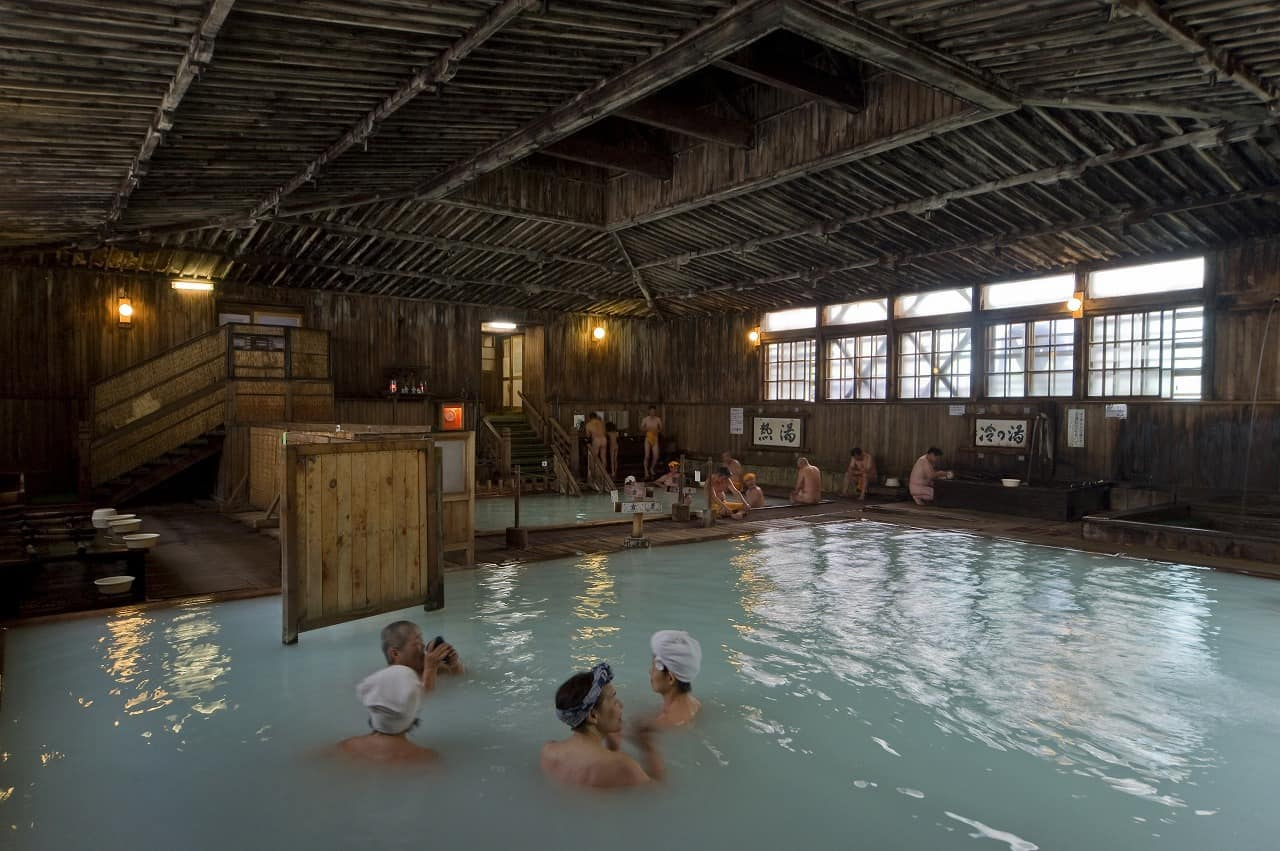 Sukayu Onsen - Bath Of A Thousand Bathers Is The Best Way To End A Ski Day In Hakkoda