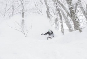 Joey Sanco getting in some boot R&D in Myoko, Japan